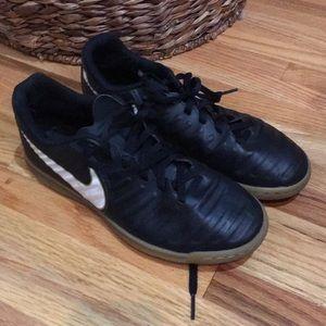 Nike Tiempo x indoor soccer shoes / sneakers